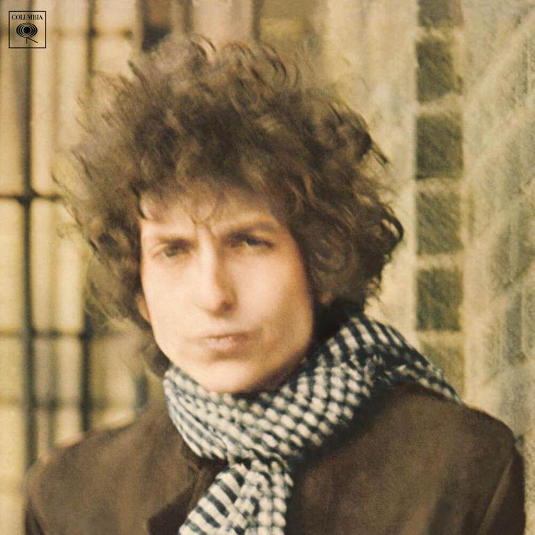 Album artwork of 'Blonde on Blonde' by Bob Dylan