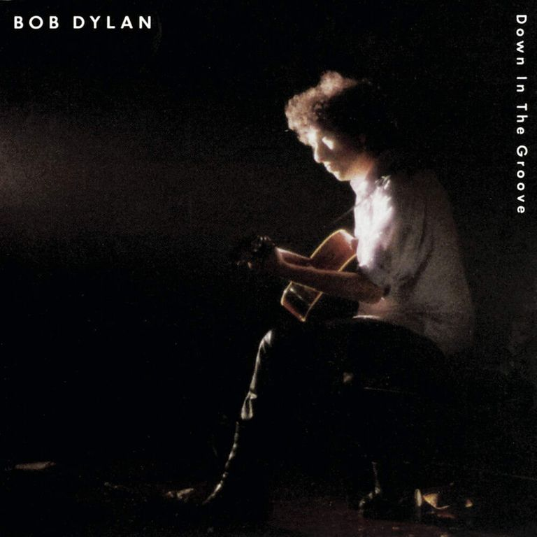 Album artwork of 'Down in the Groove' by Bob Dylan