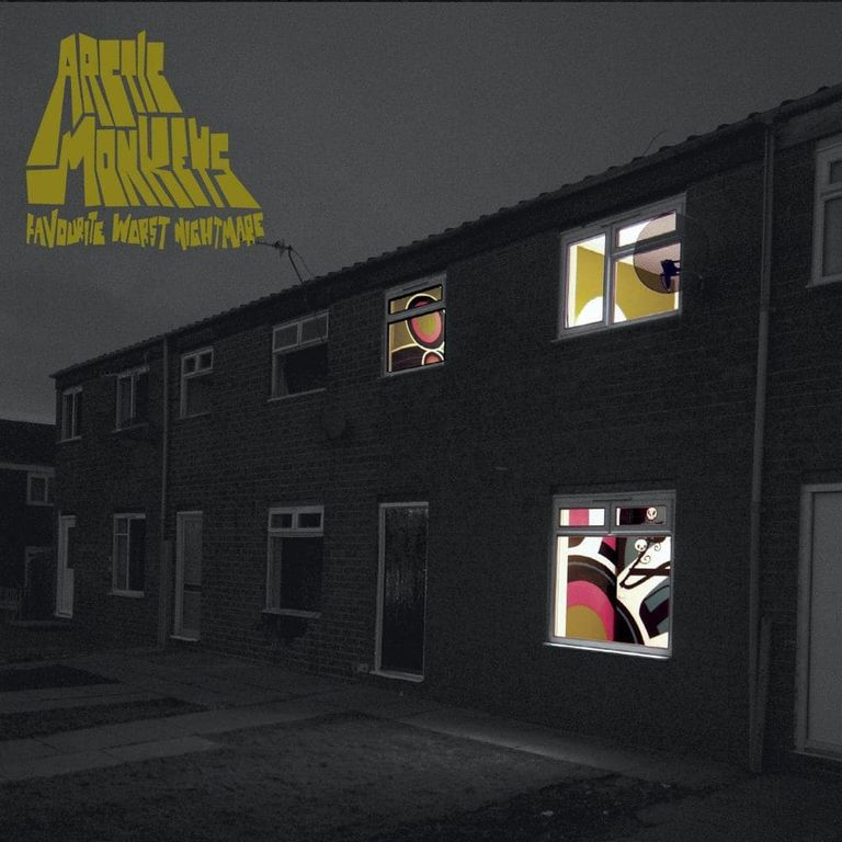 Album artwork of 'Favourite Worst Nightmare' by Arctic Monkeys